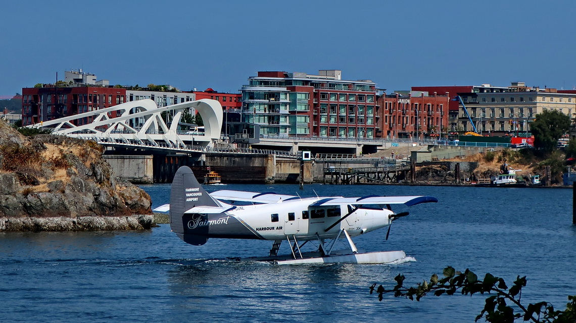 Hydroplane with waterfront of Victoria