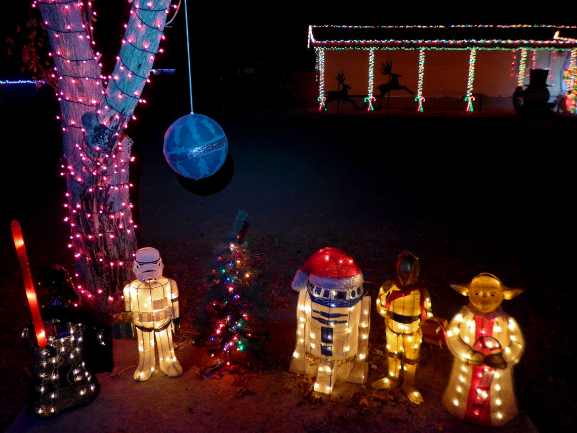 Christmas space avatars in Overton