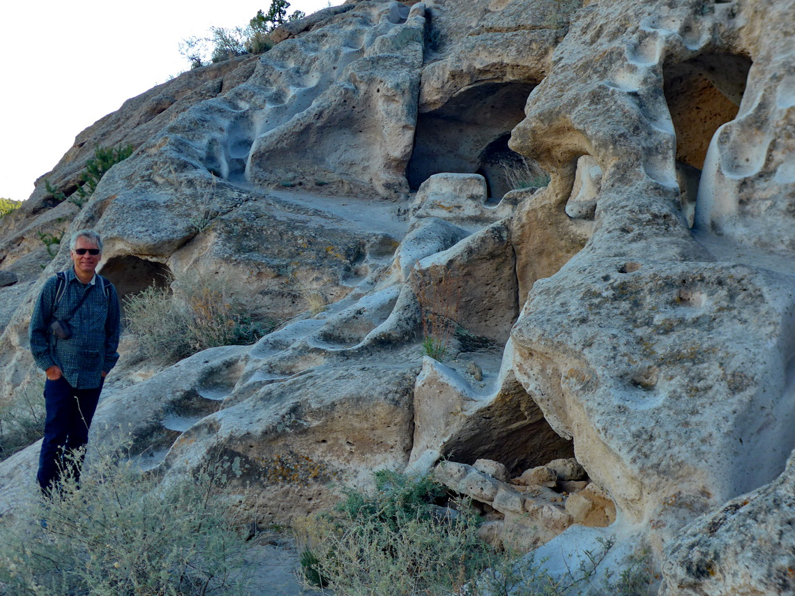 Caves and stairs of the Ancestral Pueblo People in the Tsankawi prehistoric site of the Bandelier National Monument