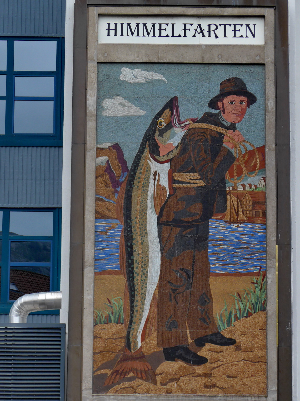The 9 meters high mosaic for the fish carrier Hardi Felgenhauer