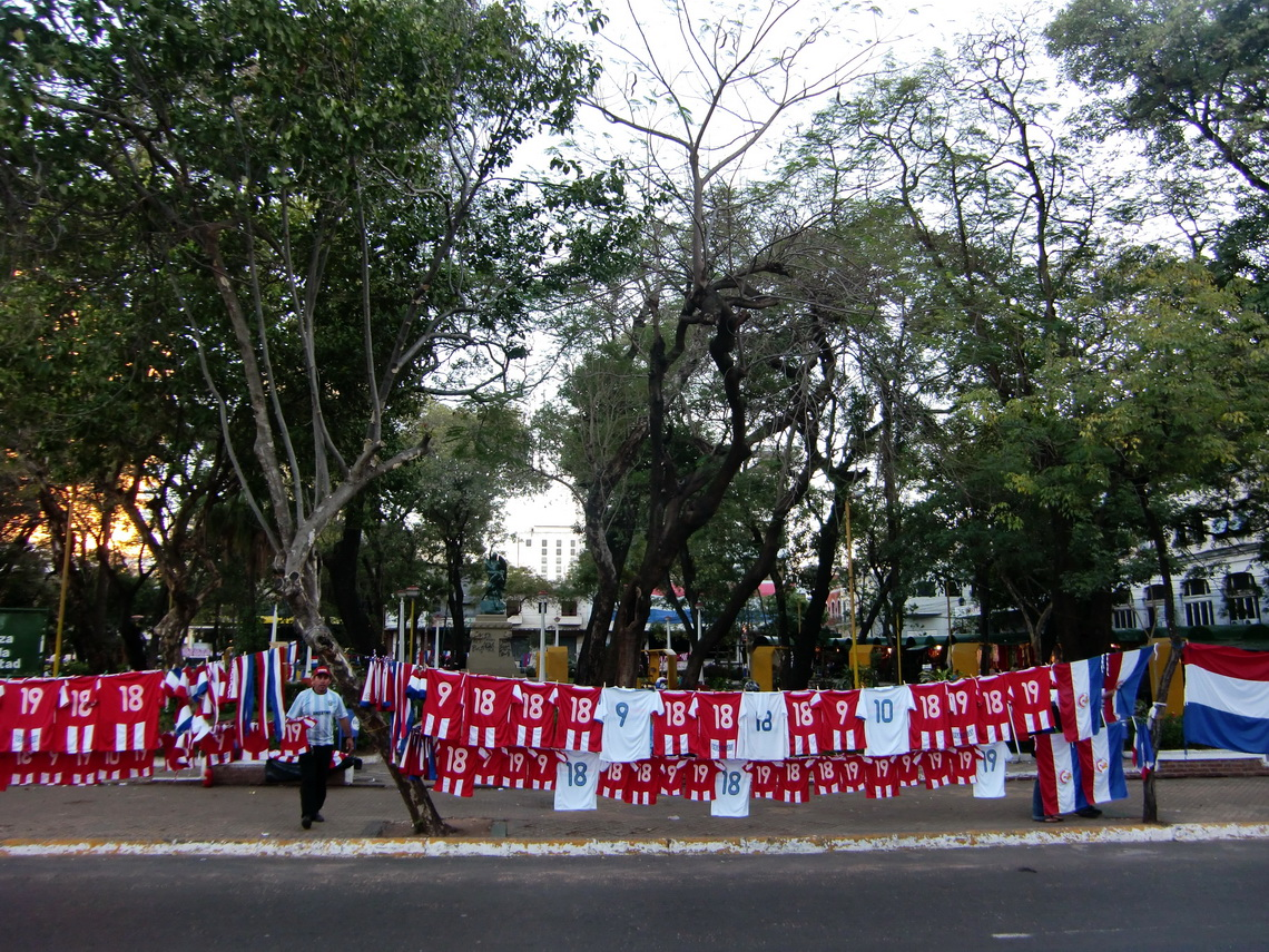 Dresses of the football team of Paraguay
