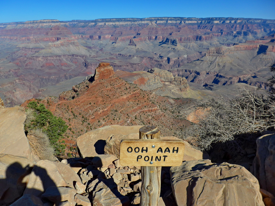 The first rest on the upper South Kaibab Trail
