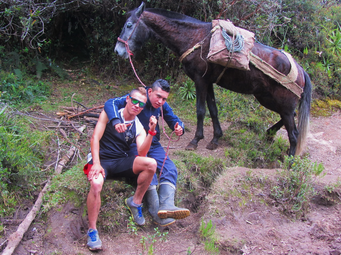 Felipe and Daniel with the horse which carried our equipment from Cocora to the Hacienda Aquilino